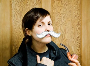 Josie Long Tickets