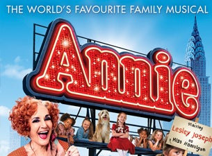 Annie The Musical at Hull New Theatre