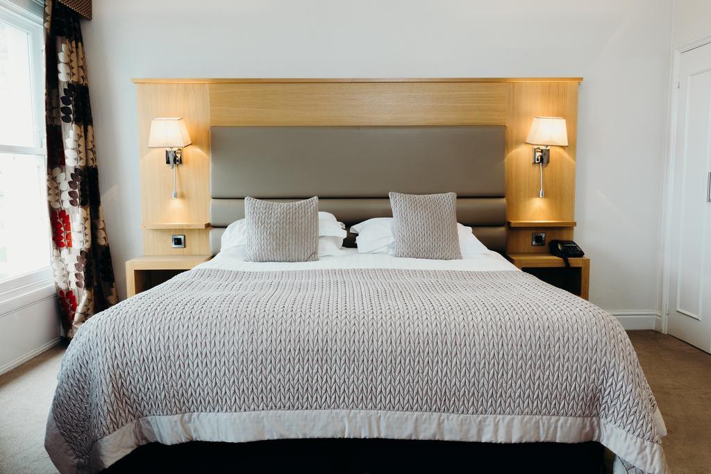 4* Crowne Spa Hotel